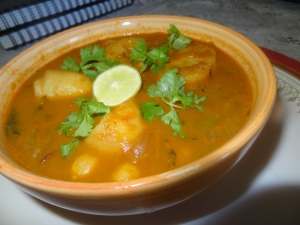 white chickpeas curry