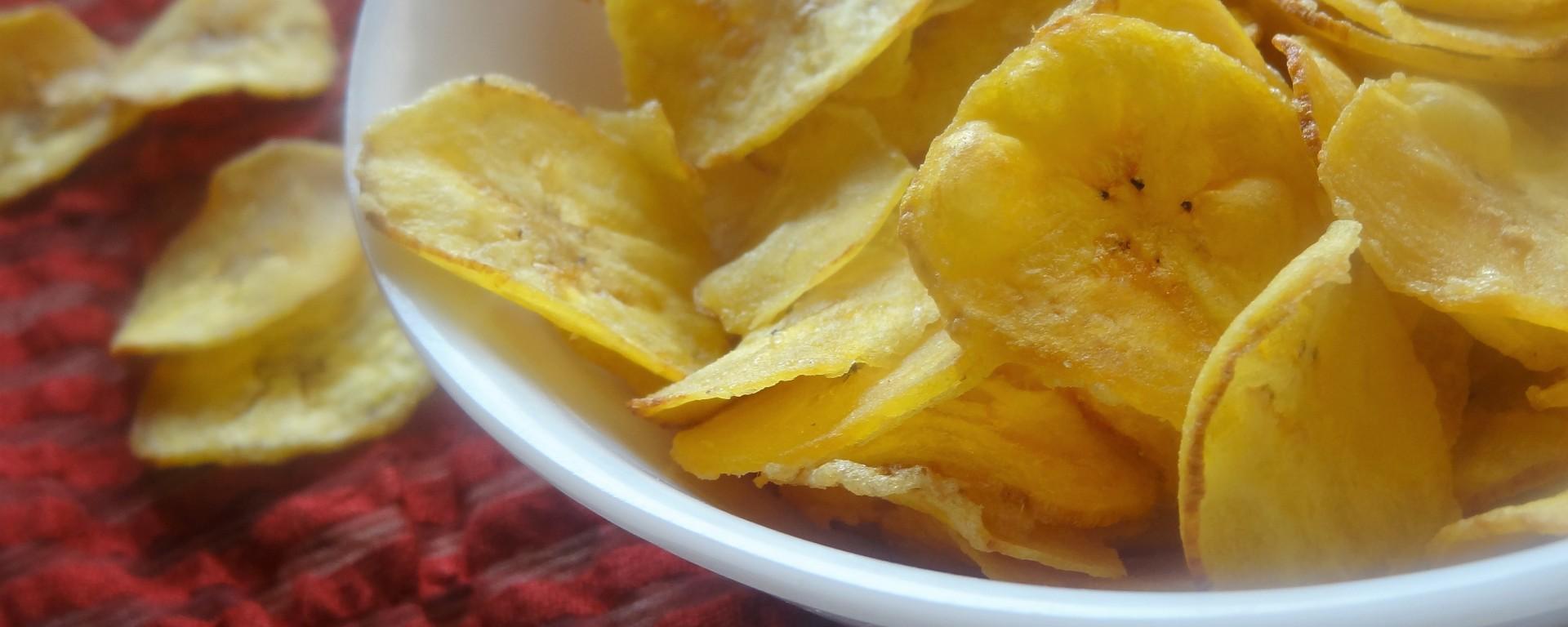 Raw banana chips/nendhranghai chips