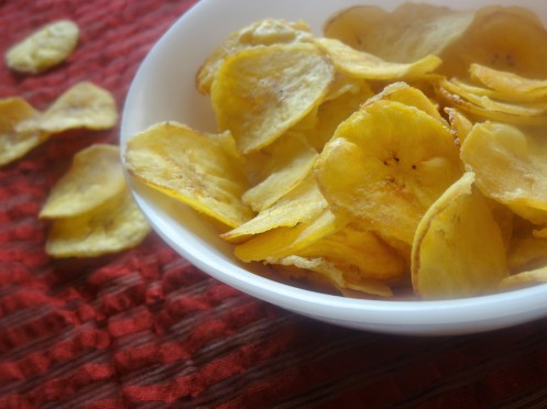 Raw banana chips/nendhranghai chips